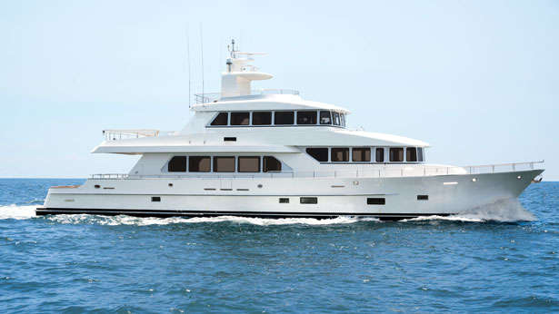 Review Of The Paragon 100 Superyacht At The Fort Lauderdale Boat Show