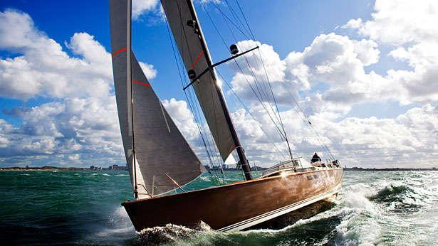 yacht chartering Uk