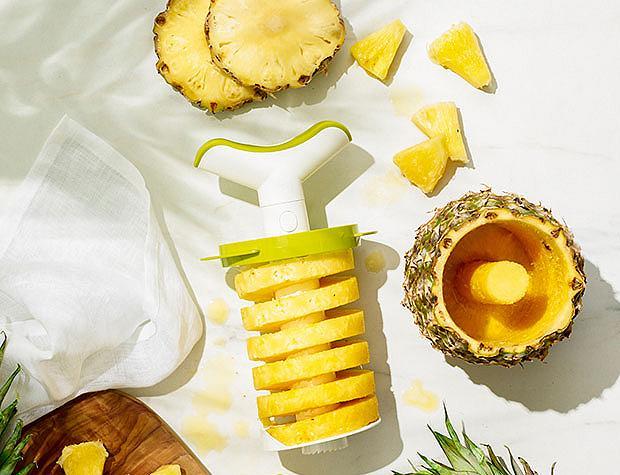 Smart & Easy - Pineapple Corer, Slicer & Wedger